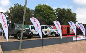 Mahindra SA unveils the Mahindra Earth master and the 250 KVA Mahindra Powerol Generator