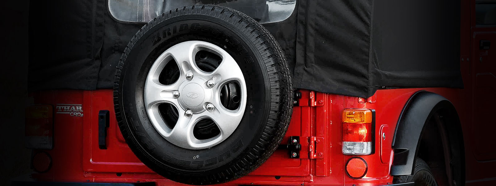 Spare wheel on rear tailgate